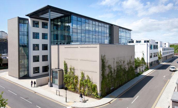 Avis sur embassy english brighton for Ville super moderne